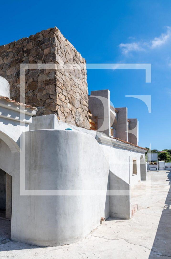Commercial building Porto Cervo